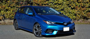 Toyota Corolla iM Owners Manual | Quick Reference Guide